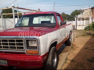 Dodge Ram 2500 Pick Up 4x2 usado (1978) color Blanco precio BoF1.300