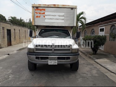 Dodge Ram 4000 Regular Cab usado (2000) color Blanco precio u$s6.000