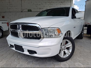 Foto venta Auto usado Dodge Ram Wagon 1500 SLT V8 (2016) color Blanco precio $375,000