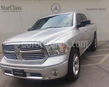 Foto venta Auto usado Dodge Ram Wagon 1500 SLT V8 (2014) color Plata precio $339,900