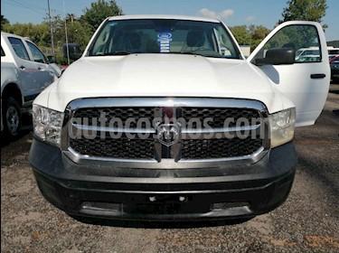 foto Dodge Ram Wagon 1500 SLT V8 usado (2014) color Blanco precio $210,000