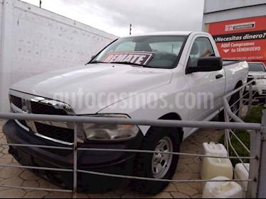 Foto venta Auto usado Dodge Ram Wagon 2500 SLT V8 (2015) color Blanco precio $240,000