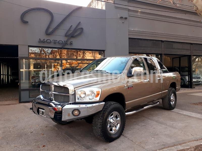 Dodge Ram 2500 Laramie 4x4 Cabina Doble usado (2008) color Dorado precio $1.700.000