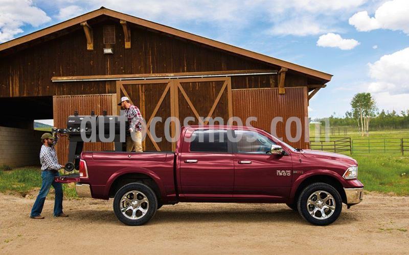 Dodge Ram 2500 Laramie 4x4 Cabina Doble nuevo color Rojo precio $5.300.000