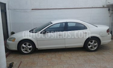 Dodge Stratus 2.4L SE Aut usado (2006) color Blanco precio $50,000