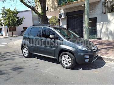 foto FIAT Idea 1.6 Adventure Pack Top usado (2013) color Verde Savage precio $320.000