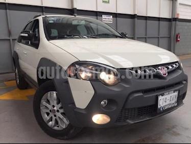 Fiat Palio Adventure 1.6L Dualogic usado (2018) color Blanco precio $185,000