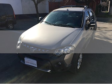 Foto venta Auto usado FIAT Palio Weekend 1.6 Adventure Locker (2013) color Beige Savannah precio $345.000