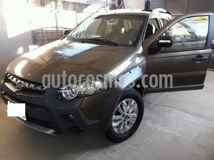 FIAT Palio Weekend 1.6 Adventure Locker Xtreme usado (2014) color Gris Tellurium precio $600.000