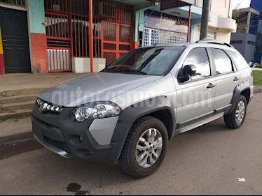 FIAT Palio Weekend 1.6 Adventure Locker usado (2013) color Plata Bari precio $520.000