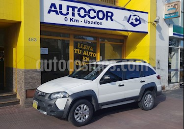 FIAT Palio Weekend 1.6 Adventure Locker usado (2015) color Blanco precio $430.000