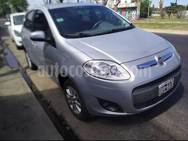 FIAT Palio 5P Attractive  usado (2015) color Plata Bari precio $295.000