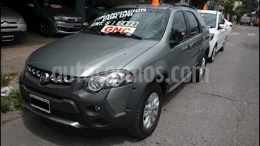 Foto venta Auto usado Fiat Palio 5P EL 1.6 SPi (2014) color Verde Oscuro precio $302.000