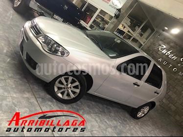 FIAT Palio 5P ELX 1.4 usado (2016) color Plata Bari precio $385.000