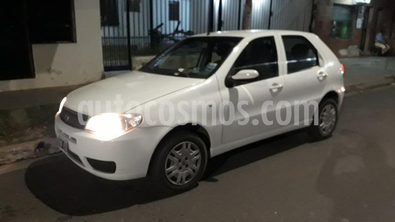 FIAT Palio 5P HLX 1.8 usado (2006) color Blanco precio $350.000