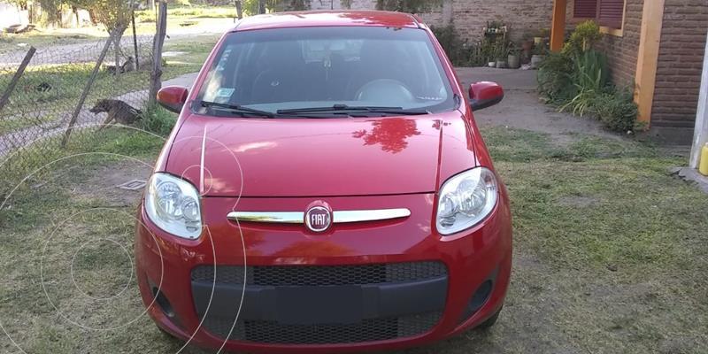 FIAT Palio 5P Attractive usado (2014) color Rojo Alpine precio $680.000