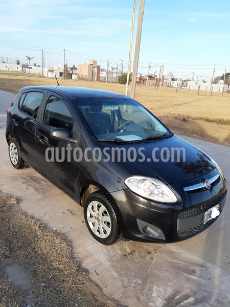 FIAT Palio 5P Attractive usado (2013) color Negro Vesubio precio $390.000