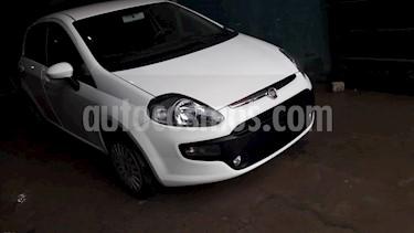 Foto venta Auto usado Fiat Punto 5P 1.4 Attractive (2013) color Blanco Kalahari precio $240.000