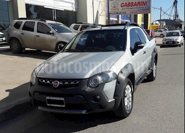 Foto venta Auto Usado Fiat Strada Adventure 1.6 Cabina Doble (2014) color Gris Claro precio $350.000