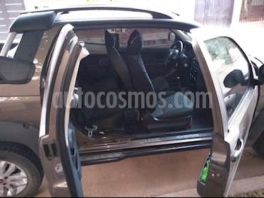 Foto FIAT Strada Adventure 1.6 Cabina Doble usado (2015) color Gris Oscuro precio $565.000