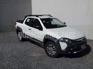 FIAT Strada Adventure 1.6 CD 3P Pack Top + Pack Xtreme III usado (2016) color Blanco precio $415.000