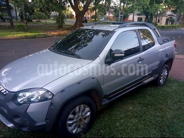 FIAT Strada Adventure 1.8 Cabina Extendida Locker Full usado (2015) color Gris Scandium precio $560.000