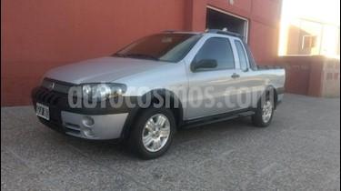 Foto venta Auto usado Fiat Strada Trekking 1.4 (2007) color Gris Claro precio $210.000
