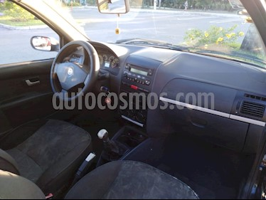 Fiat Strada Adventure 1.8L Pack II usado (2008) color Negro precio $100,000