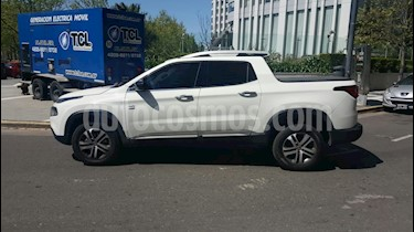 Foto venta Auto usado Fiat Toro 2.0 TDi Volcano 4x4 CD Aut Pack Premium (2016) color Blanco precio $795.000