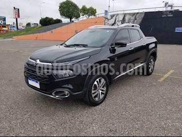 FIAT Toro Volcano 4x4 CD Aut usado (2018) color Negro precio $1.350.000