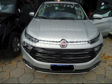 Foto venta Auto usado Fiat Toro Freedom 4x4 CD (2018) color Gris Claro precio $910.000