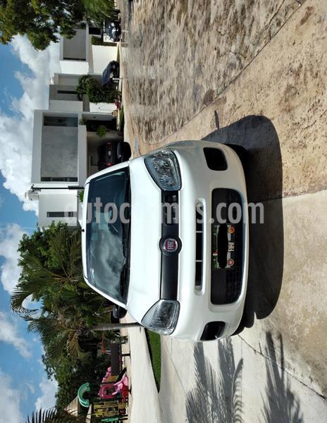 Fiat Uno Attractive usado (2015) color Blanco precio $95,000