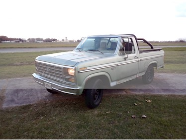 Ford Importados F-150 XLT 4x2 Cabina Simple usado (1986) color Verde precio $200.000