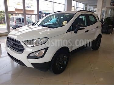 Foto Ford Ecosport Automatica 4x2 usado (2015) color Blanco precio BoF890.000