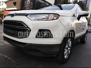 Foto Ford Ecosport Trend usado (2017) color Blanco precio $204,000