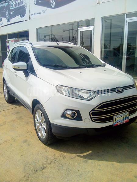 Ford Ecosport Titanium Aut 4x2 usado (2014) color Blanco precio u$s200