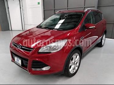 Foto venta Auto usado Ford Escape 5p Titanium L4/2.5 Aut (2015) color Amarillo precio $240,000