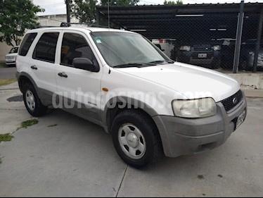 Ford Escape XLS 4x4 usado (2003) color Blanco precio $320.000