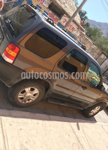 Ford Escape XLT 3.0L Aut 4x4 usado (2003) color Gris precio $4.000.000