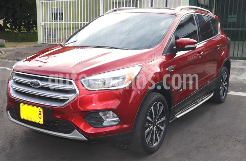 Ford Escape  2.0L Titanium 4x4 usado (2017) color Rojo Rubi precio $77.900.000