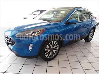 Ford Escape Titanium EcoBoost usado (2019) color Azul Electrico precio $599,098