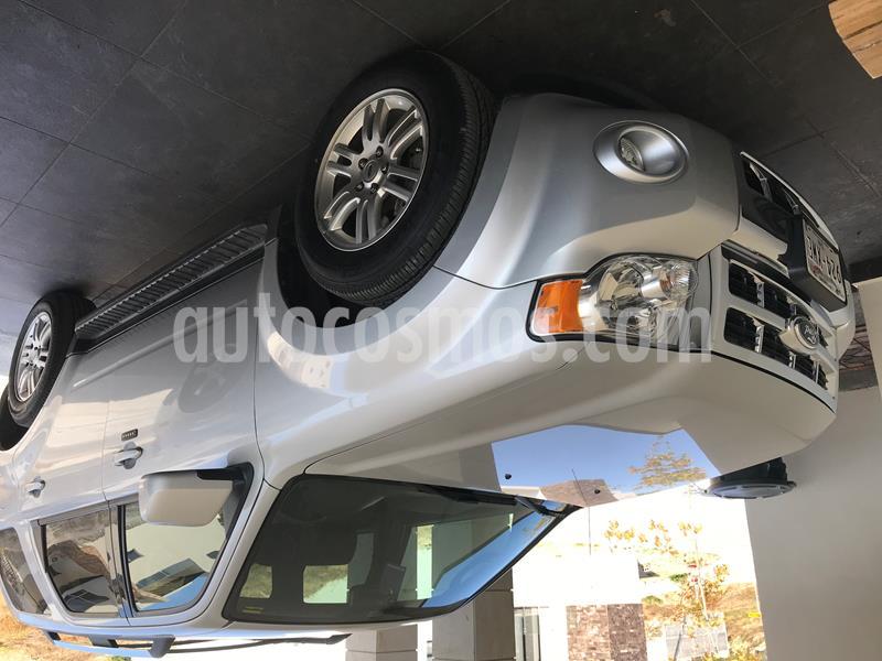 Ford Escape XLS V6 usado (2011) color Plata precio $135,000