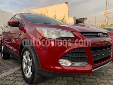 Ford Escape SE 2.5 L usado (2013) color Rojo precio $159,999