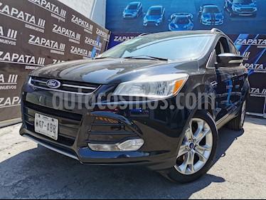 Ford Escape Titanium usado (2014) color Negro Profundo precio $210,000