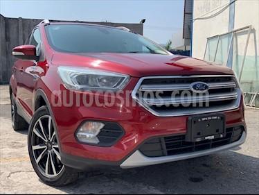 Ford Escape Titanium EcoBoost usado (2017) color Rojo precio $299,999