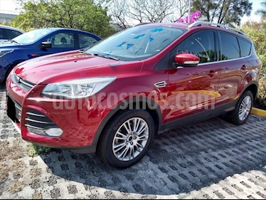 Ford Escape Trend Advance usado (2016) color Rojo precio $260,000