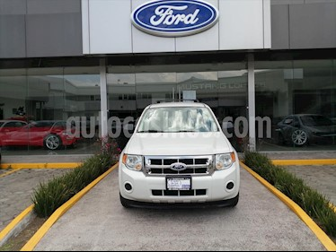 Ford Escape 2.5 XLS I4 AT usado (2011) color Blanco precio $120,000