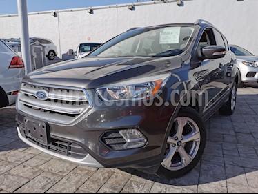 Ford Escape Trend Advance usado (2017) color Gris Nocturno precio $310,000