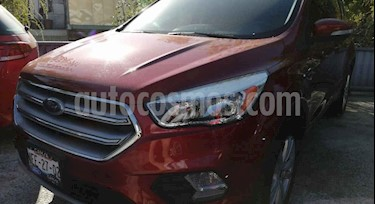 Ford Escape S Plus usado (2017) color Rojo Rubi precio $285,000