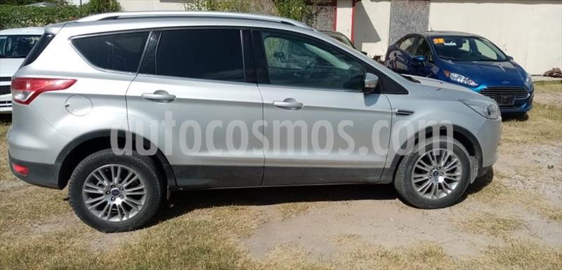 Ford Escape S 2.5 L usado (2016) color Plata precio $230,000